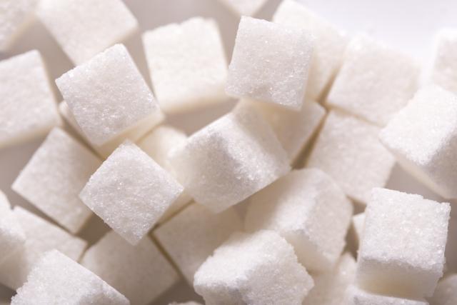 砂糖を飲んでいる!? 飲料別、砂糖の含有量