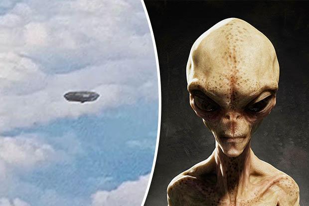 機内の乗客仰天!飛行機のすぐそばを「空飛ぶ円盤-UFO」が通過!
