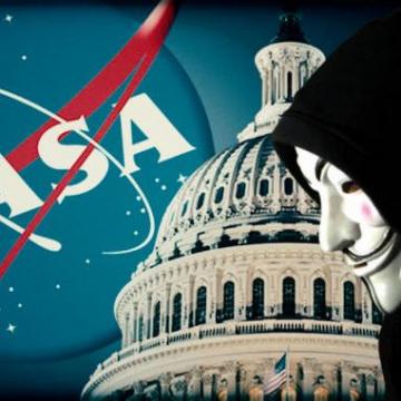 ハッカー集団「アノニマス」:間もなくNASAが地球外生命体の証拠を発表する!