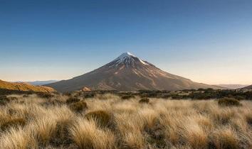ニュージーランドのタラナキ山:噴火間近か?!