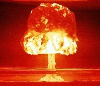 冷戦時代の愚策:地中に埋める核地雷の保温に生きたニワトリを詰める計画があった!