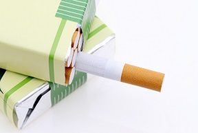 タバコを学ぶ講義で授業中に喫煙を許可?!