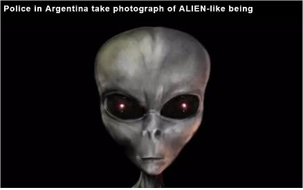アルゼンチン警察、公園内を徘徊する本物の宇宙人の撮影に成功か!
