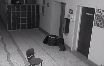 【恐怖!】アイルランドの学校で夜中のポルタ―ガイスト再び!