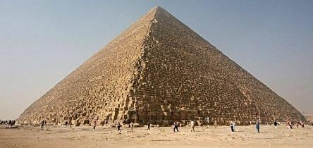 ギザのピラミッド内部に謎の巨大空間が発見される!