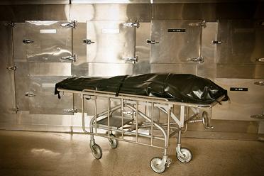 「死亡」と判断された数時間後、検死解剖の前に突如生き返ったスペインの囚人!!