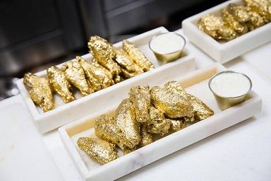 超豪華!ニューヨークのレストランが黄金のチキンウィングスの販売を開始!!