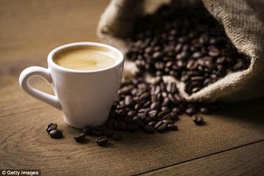 1日6杯のコーヒーで早期死亡リスクが16%軽減されることが国立がん研究所の研究で判明!