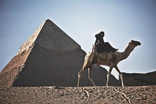 エジプトの新事実:ギザの大ピラミッドは宇宙線を変換する機械だった?!